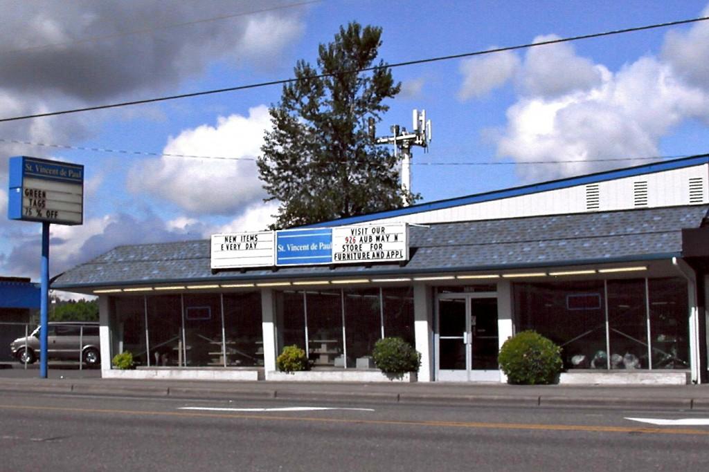 Auburn Store1